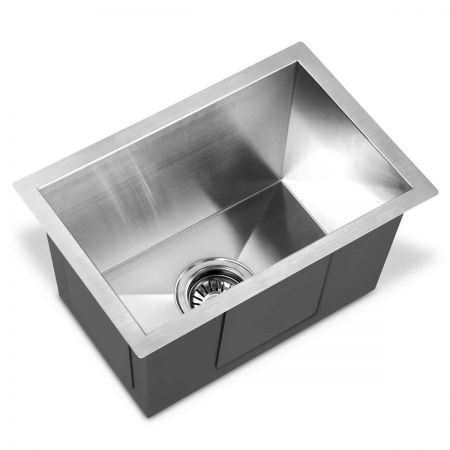 Laundry Sink Strainer : Stainless Steel Kitchen Laundry Sink with Waste Strainer - 450 x 300mm ...