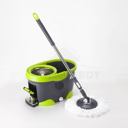 Magic Spin 360 Degree Spinning Mop & Spin Dry Bucket 4x Mop Heads
