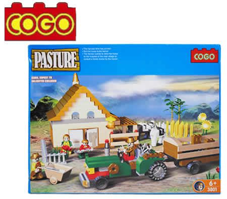 Cogo Farmhouse Tractor Construction Building Blocks Toy Playset - 480 Pieces